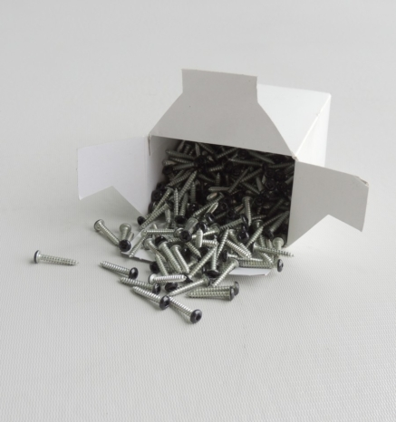 Box of deck installation screws - Econodek