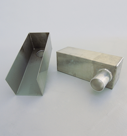 2 stainless steel box scuppers - Econodek