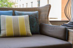 spring ideas for vinyl patio deck